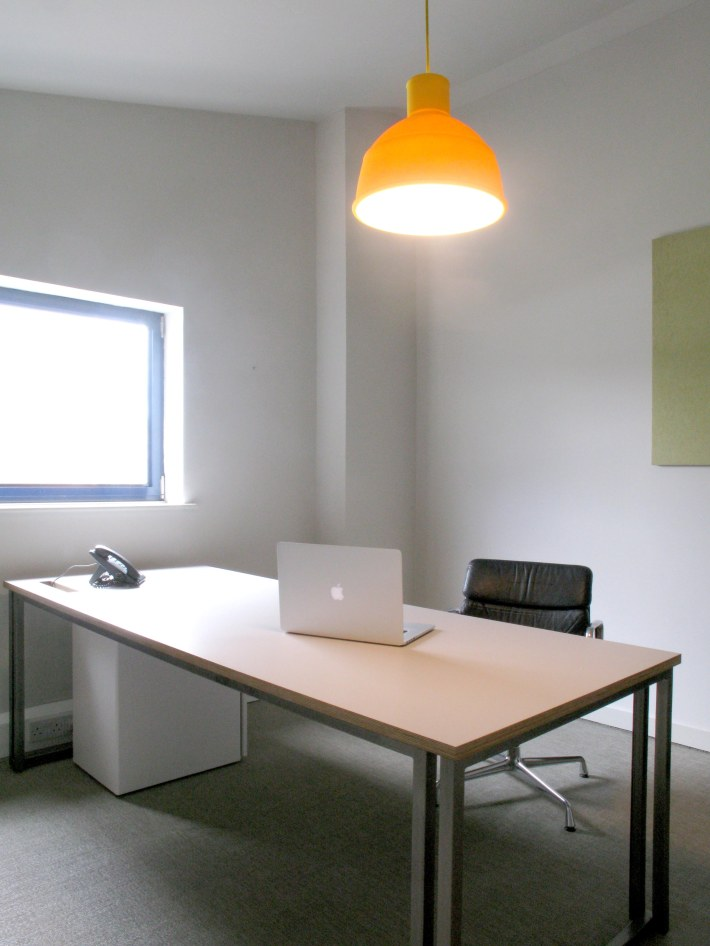 CHAYS_OFFICE